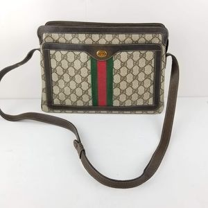 Vintage Gucci Accessory Collection GG shulderbags
